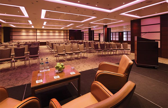 Pomme d'Or conference room